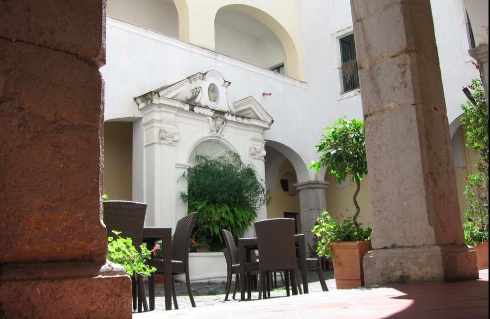 ave-gratia-plena-outside-your-italian-travel-guide